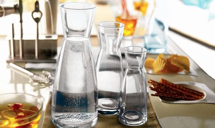 Na2CO3 đóng vai trò quan trọng trong sản xuất thủy tinh