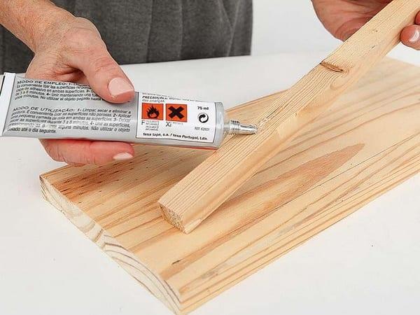 Keo dán gỗ (ảnh minh họa)